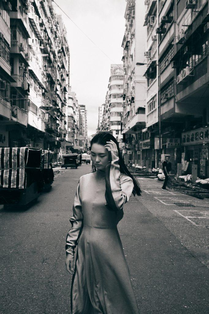 Daniel-Graham-Hack-Vogue-Shujing-Wei-1-683x1024